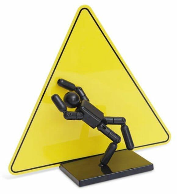 Action Figure de placas de trânsito é super criativo!