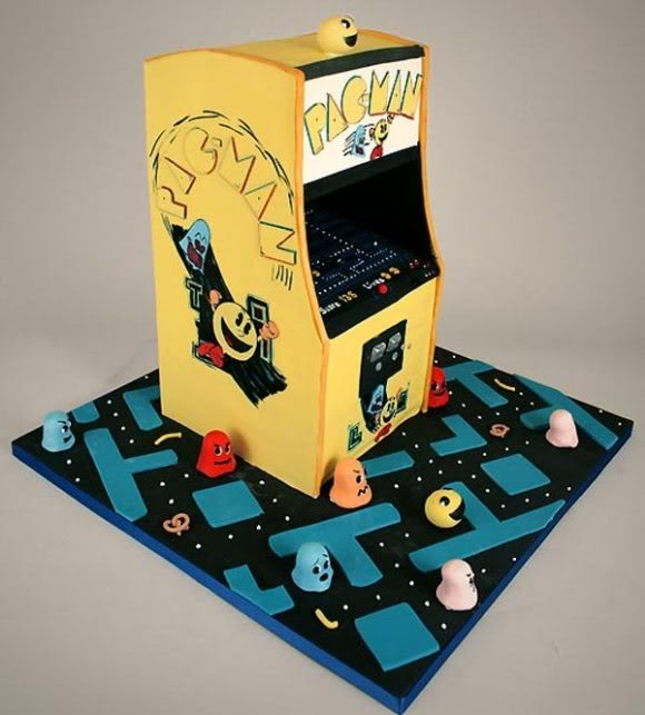 pac-man-arcade-game-cake