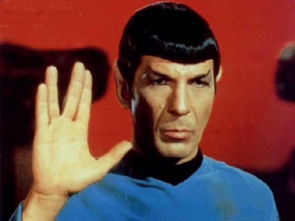"""Pen Drive """"Saudação Vulcano"""" de Star Trek."""