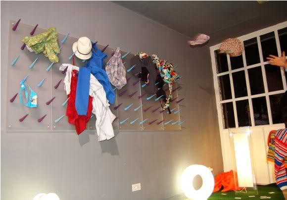 WARDROM transforma a bagunça do seu quarto em uma obra de arte! (vídeo)