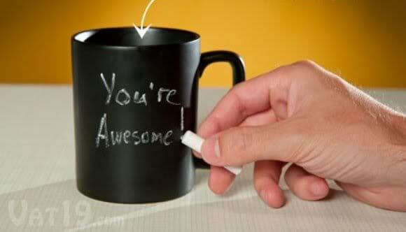 Tome seu café e deixe seu recado com a caneca Chalk Talk!