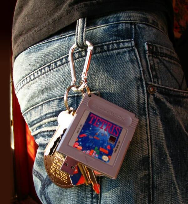 pen-drive-cartucho-game-boy-tetris_1