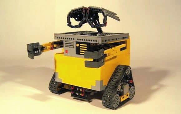 Wall-E feito de LEGO se movimenta como no filme (vídeo)