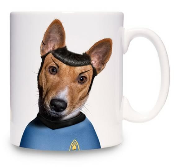 Spock cachorro e Amy Winehouse gatinha estampam canecas.