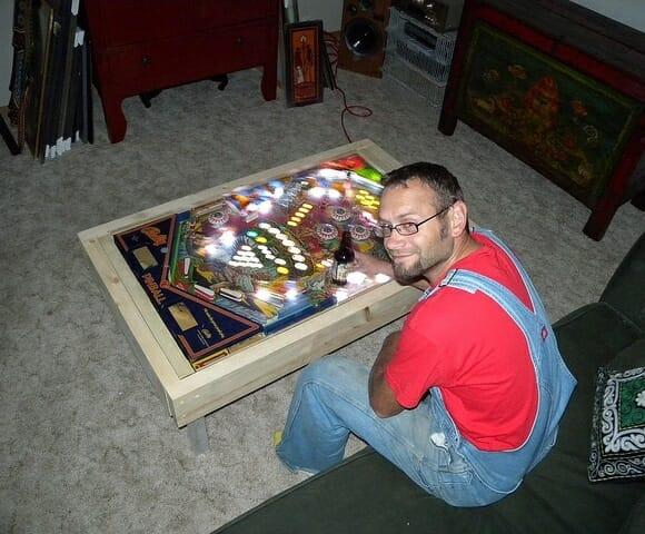 Mesa de centro m quina de pinball rock 39 n tech for Pinball de mesa