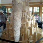 Minas Tirith de Senhor dos Anéis feita inteiramente por palitos de fósforo