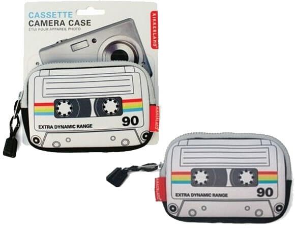 Case para Câmera Digital imita Fita Cassete.