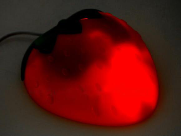 USB Strawberry Mouse – Mouse em forma de morango.