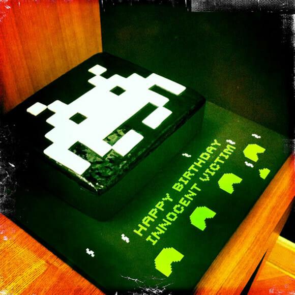 Bolo de aniversário dos Space Invaders