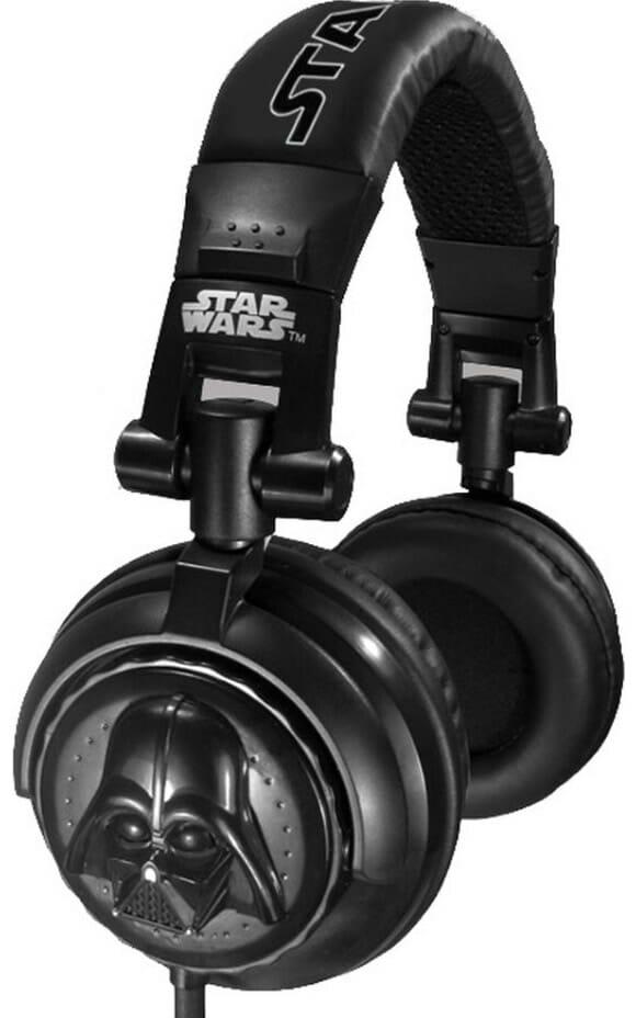 Headphones do Darth Vader!