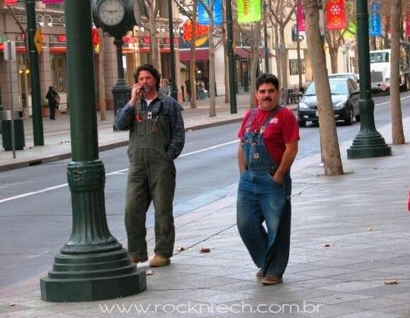 FOTOFUN - Encontraram o Super Mario e Luigi na vida real!