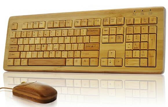 Combo Teclado + Mouse de madeira.