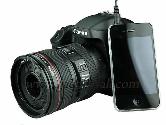 Speaker com função MP3 em forma de câmera digital da Canon.