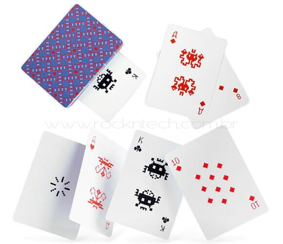 Cartas de baralho inspiradas no game Space Invader.