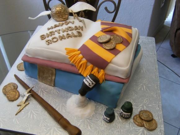 Bolo de aniversário do Harry Potter.