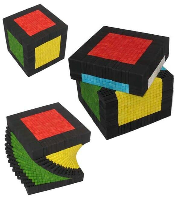 É bom em resolver cubo mágico? Resolva este de 17 x 17 x 17 então!