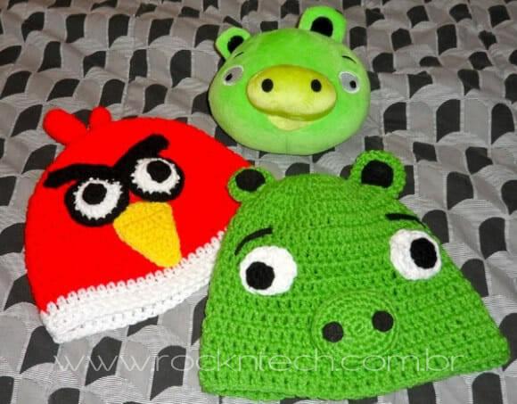 Gorro inspirado no game Angry Birds.