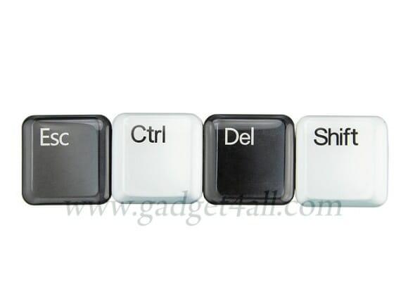 Conjunto de ímãs de geladeira das teclas Esc, Ctrl, Del e Shift.