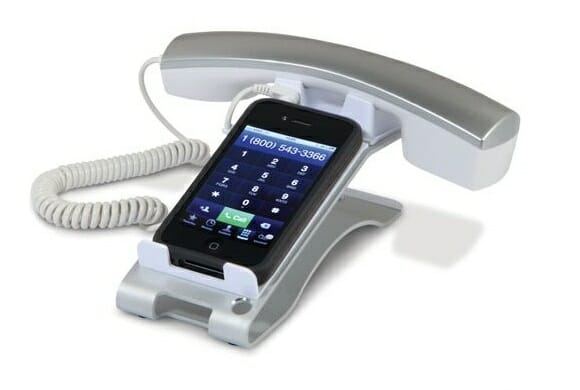 Acessório transforma seu iPhone em um telefone comum