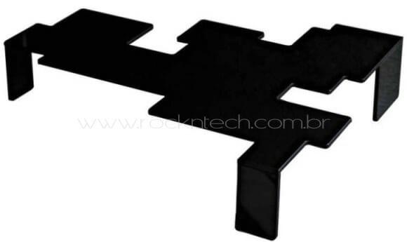 Mesa de centro inspirada no game Space Invaders.