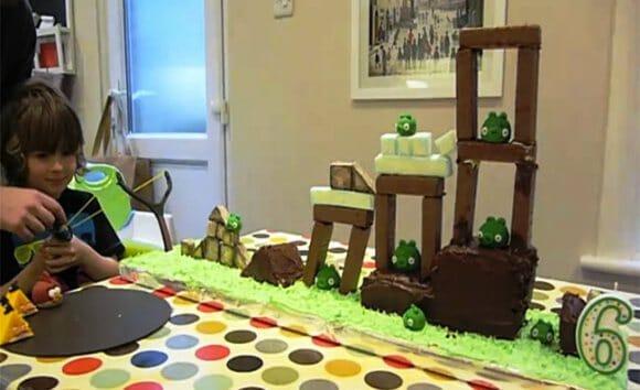 Bolo de aniversário do Angry Birds totalmente jogável! (com vídeo)