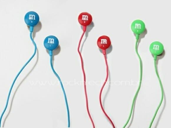 Fones de ouvido M&M'S para viciados em chocolate.
