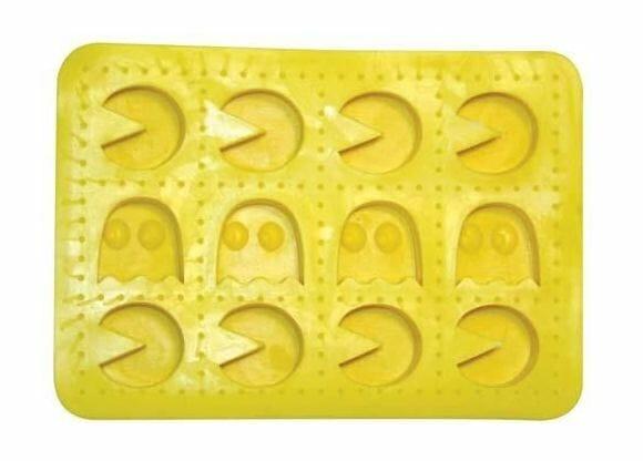 Gelo em forma do Pac-Man e seus fantasmas.