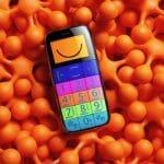 Spacephone – Um show de cores em um celular com design simples e bem pensado!