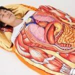 Phantom Bag: Saco de dormir personalizado com a anatomia humana