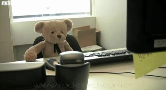 VIDEOFUN – Misery Bear no trabalho