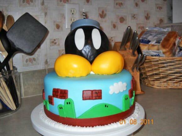 Bolo de aniversário Bob-Omb.