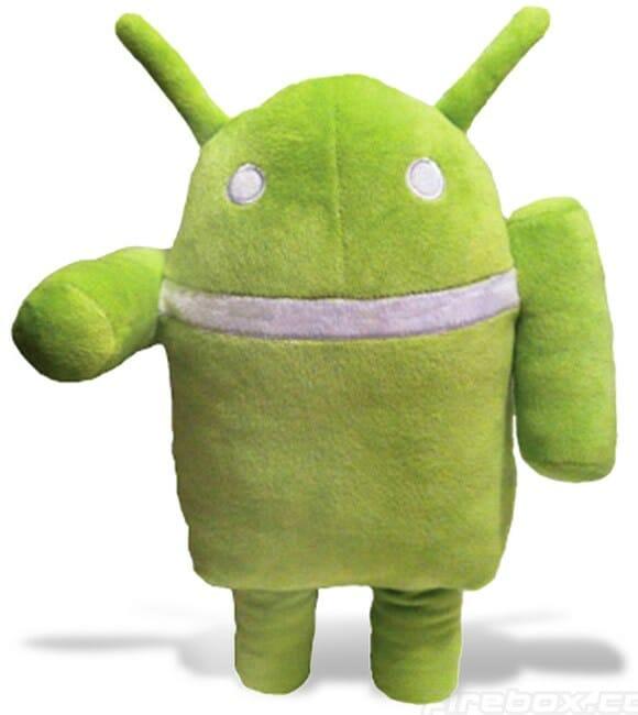 Boneco de pelúcia para fãs do Android.