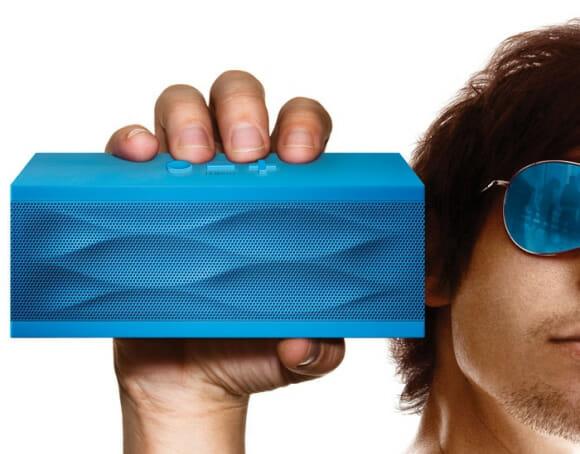 Cores + música + Super Poderes = Speakers Jambox! (com vídeo)