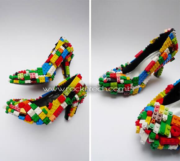 A moda agora é: Sapato de salto alto de LEGO!