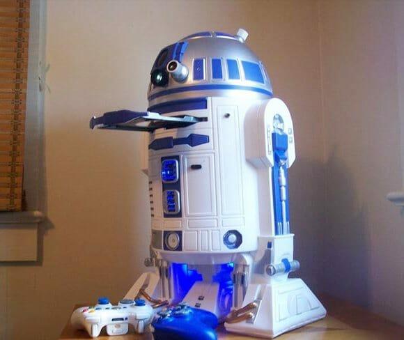 Casemod do R2-D2 para Xbox 360 projeta o vídeo do jogo na parede. (com vídeo)