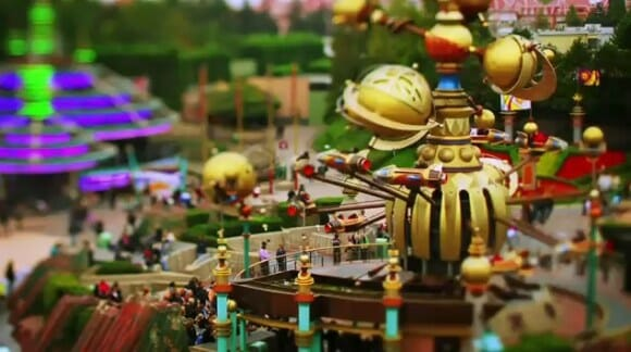 VIDEOFUN - Um passeio pela Disneyland Paris em miniatura.