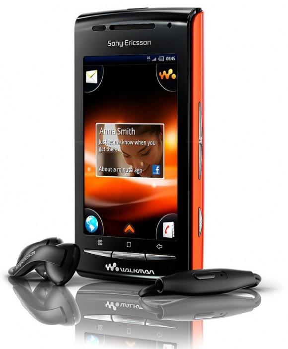 Sony Ericsson X8 troca de roupa e é relançado como Walkman W8.