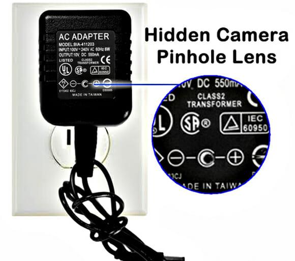 Câmera espiã em forma de adaptador AC. Essa é discreta mesmo! (com vídeo)