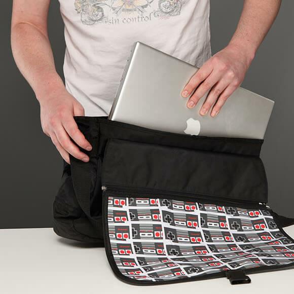 Bolsa e mochila pra geek nenhum botar defeito!