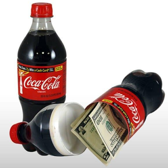Esconda suas bugigangas dentro de uma garrafa de coca-cola!