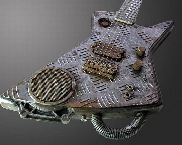Cyberpunk Guitar - Brinde o Rock'n Roll com uma guitarra Steampunk de Metal!