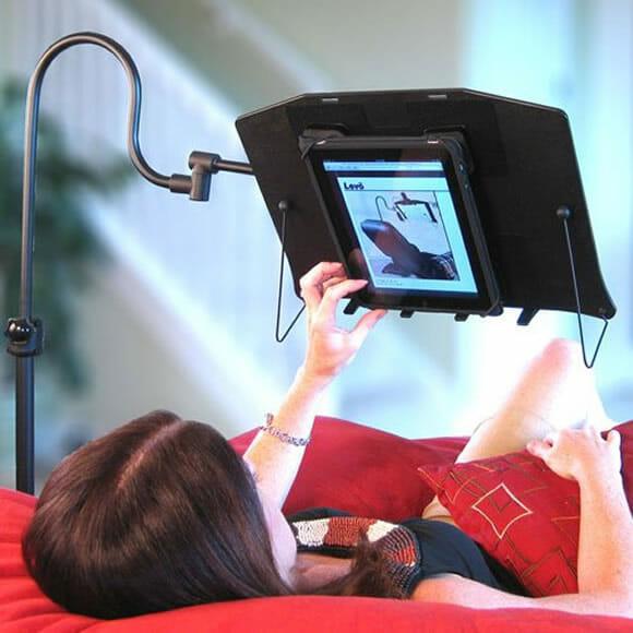 deluxe stand   leia seus livros ou ebooks na cama no sof