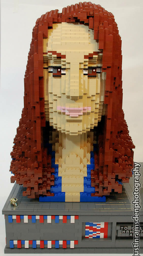 Busto do Príncipe William e Kate Middleton feitos de LEGO!
