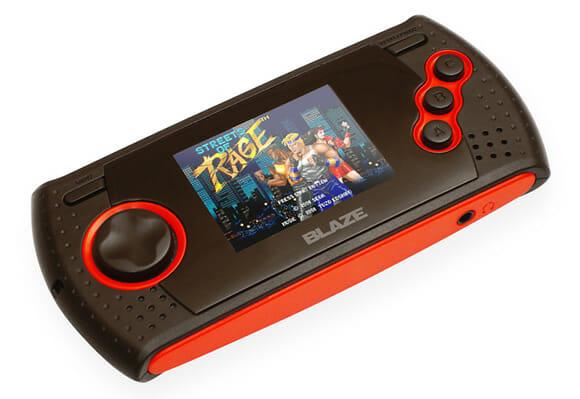 Um portátil criado especialmente para os que sentem saudade do Mega Drive.