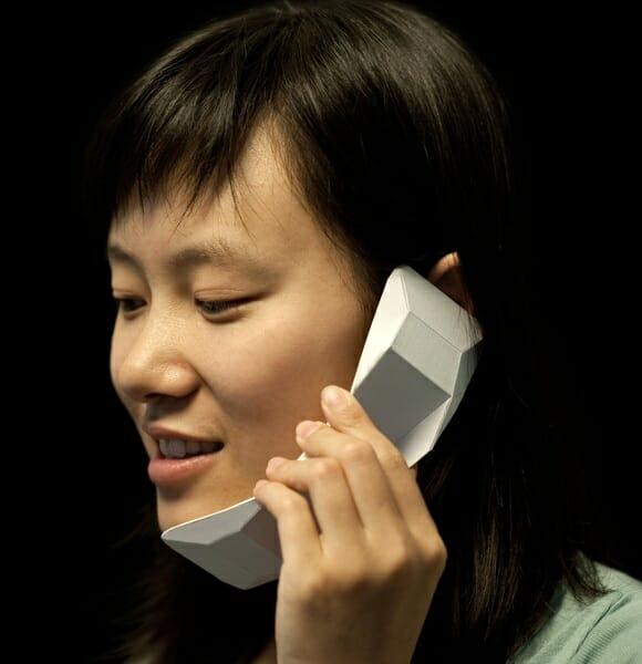 Fuja do padrão com o telefone Origami!