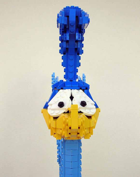 Papa-léguas feito de LEGO. Beep beep!