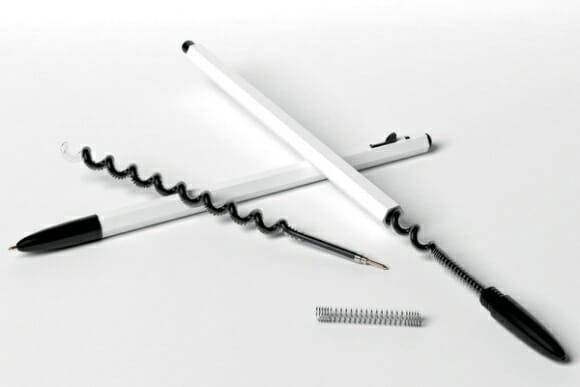 Caneta com carga de tinta espiralada - O dobro de carga na mesma caneta.