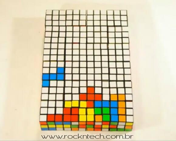 VIDEOFUN - Stop Motion - Jogando Tetris com cubos mágicos.