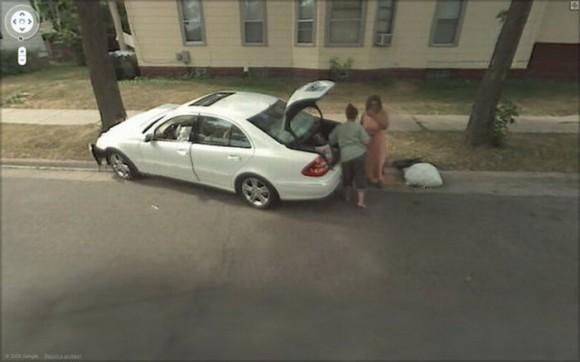 Barbeiros na rede: Flagras de acidentes no Google Street View.