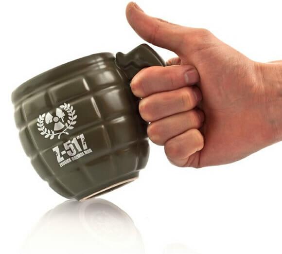 Grenade Mug - A caneca em forma de granada.